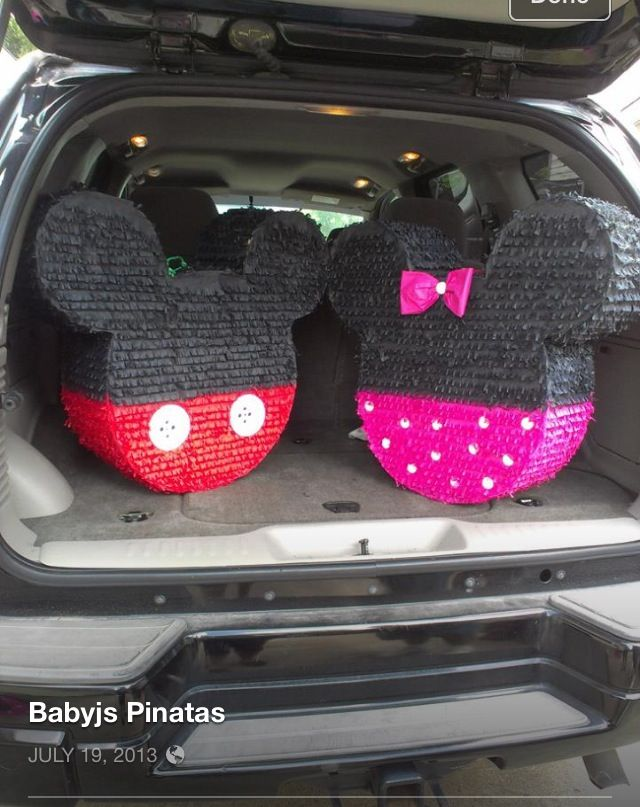 Piñatas for the party Mickey and Minnie