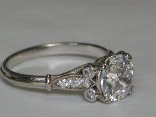 100 Simple Vintage Engagement Rings Inspiration (28)