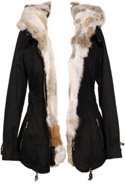 Parka femme hiver noire en fourrure de lapin - On Parle De Vous - Manteau d'hiver à capuche sur cpourl.fr #parka #fourrure #CpourL