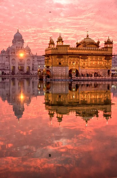 A watercolor palette awaits you at the Golden Temple in Amritsar, India.