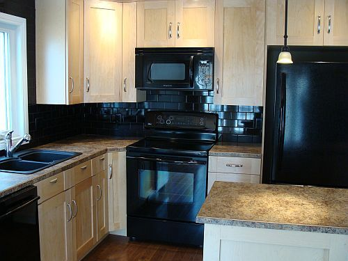 black subway tile backsplash my lakefront cottage
