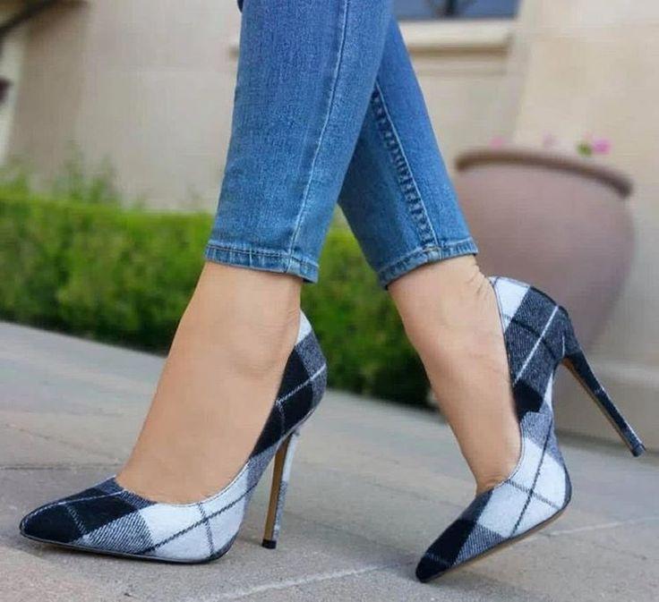 Super delicados 👠 #sapatodesalto #estilocasual #modafemenina #amosapatos #sap…