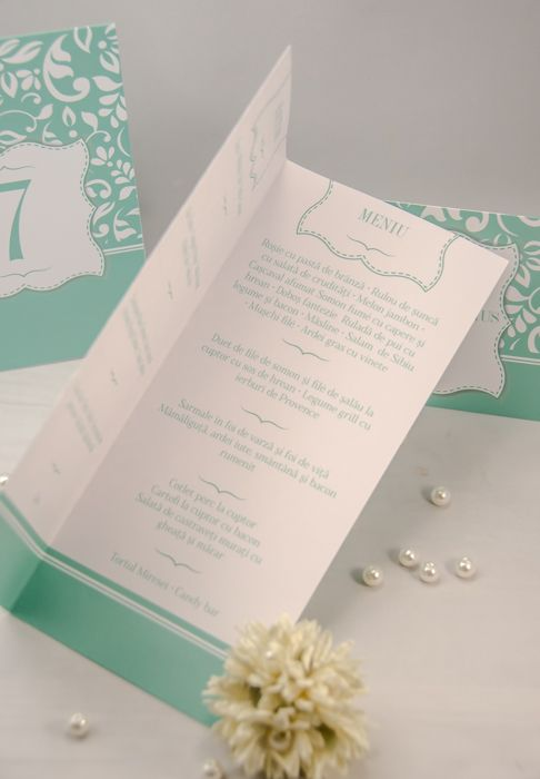 Meniul pentru nuntă - un accesoriu util prin care le transmiți invitaților ce urmează să servească în cadrul evenimentului tău.