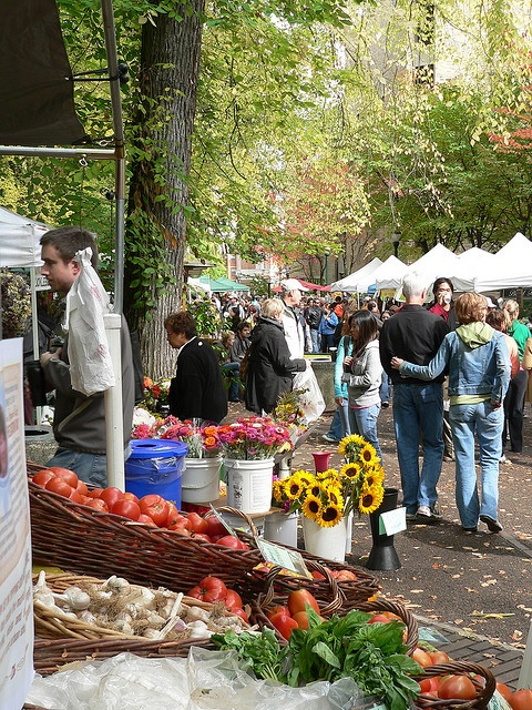 Farmers market at portland state university oregon - Market place at garden state park ...