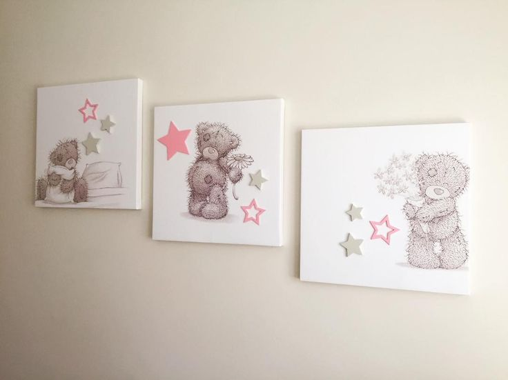 An adorable set of Teddy canvases with some painted wooden stars added on. Perfect for this little girls room. #kidsinteriors #interiors #teddytheme #girlrooms #girlsroom #kidsdecor #customwallart #canvasart #lovecocodecor