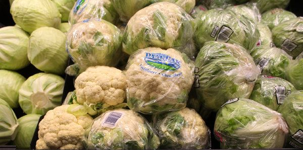 In Canada, the 8-Dollar Cauliflower Shows the Pain of Falling Oil Prices - The New York Times