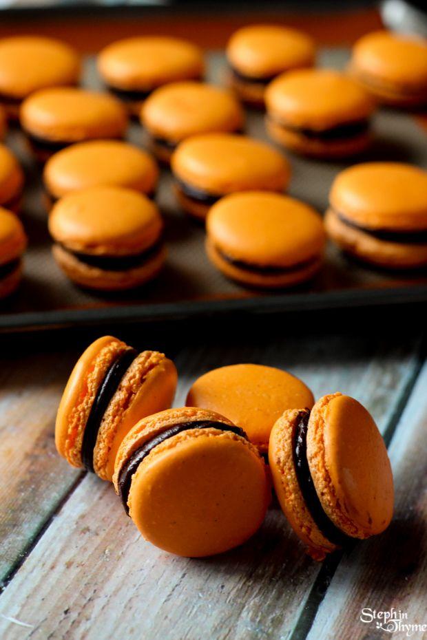 Orange Dark Chocolate Macarons l www.stephinthyme.com