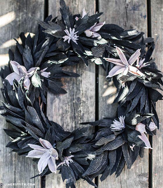 ハロウィン用クレープ紙の花輪
