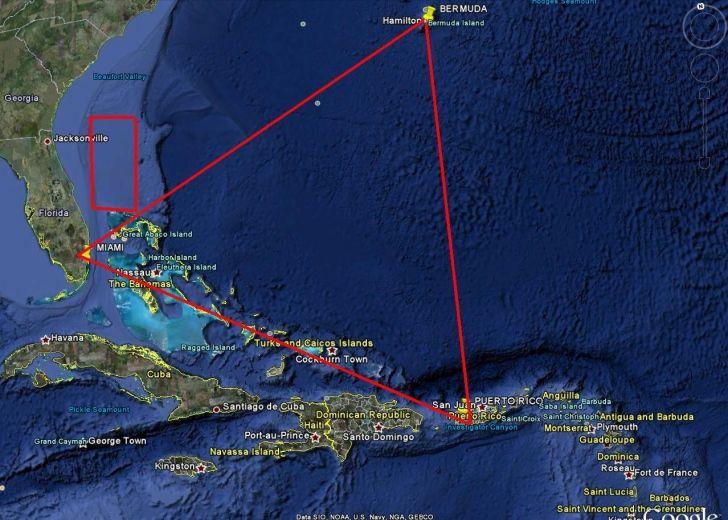Gizemli Kaybolmaların Nedeni: Bermuda Üçgeni'nin Merkezinde Bulunan Devasa Piramitler - http://www.aylakkarga.com/gizemli-kaybolmalarin-nedeni-bermuda-ucgeninin-merkezinde-bulunan-devasa-piramitler/