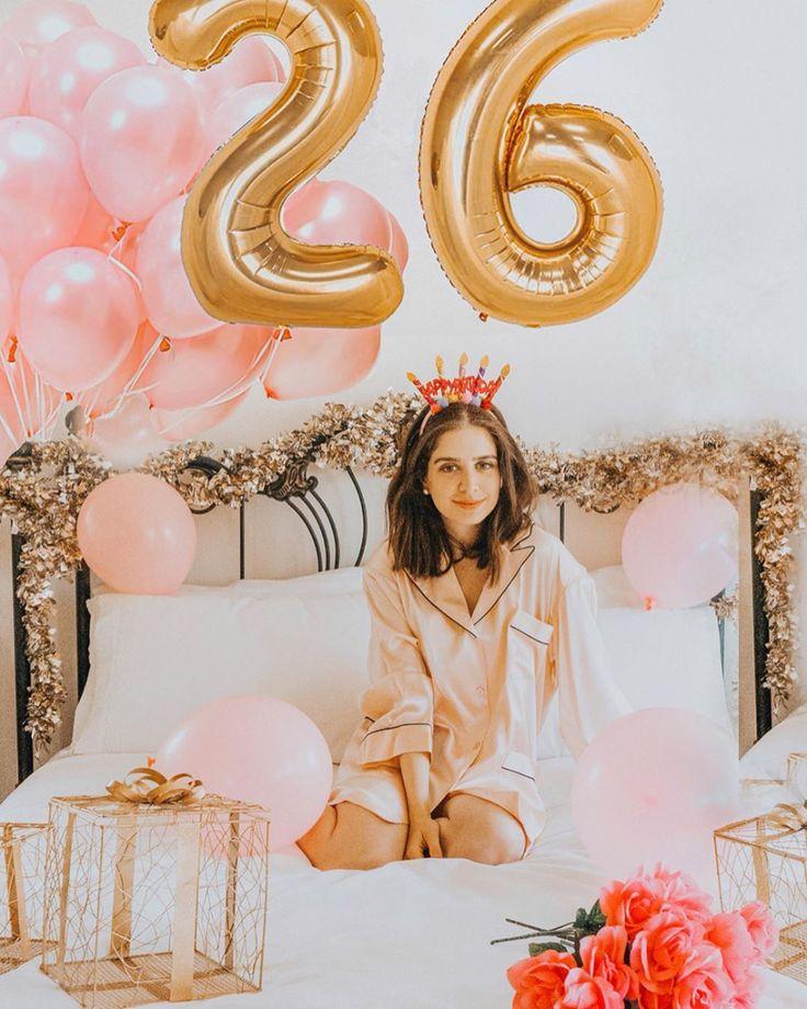 Birthday photoshoot ideas. Birthday photo pose ideas