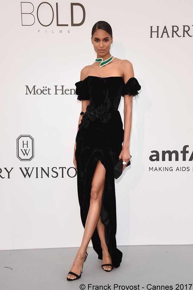 This breathtaking woman Cindy Bruna with her sleek bun for the amfAR Gala  #franckprovost #frenchtouch #beauty #redcarpet #cannesforever #cannes2017