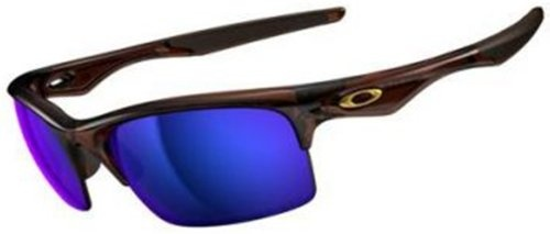 Blast off into the bright sun in the Oakley Bottle Rocket Sunglasses. These hot sunglasses are lightweight and trustworthy with stress-resistant O matter frame material for strength and durability you can count on. The patented Unobtainium earsocks and nosepads stay on with increased grip when you sweat and provide a snug, secure fit, while the Three-Point fit holds lenses in precise optical alignment to keep eyes from fatiguing...