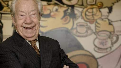 Vlaams striptekenaar Marc Sleen, de geestelijke vader van Nero, is overleden. Hij is 93 jaar geworden. Marc Sleen in 2002, bij zijn tachtigste verjaardag. © belga. Sleen woonde sinds 1955 in de Vlaams-Brabantse gemeente Hoeilaart. Volgens zijn familie is de striptekenaar gisteren in zijn woning vredevol en waardig ingeslapen.