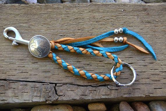 Cuir tressé de Tan Turquoise Beaded Fringe porte-clés titulaire longe Concho rustique Boho sud-ouest pays occidentaux trousseau Keyring long...