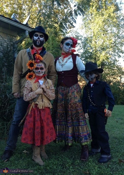 Day of the Dead Family Costume | Homemade costumes ...