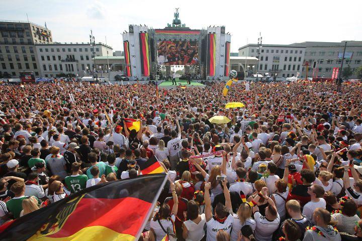 Warten auf den Weltmeister 2014!