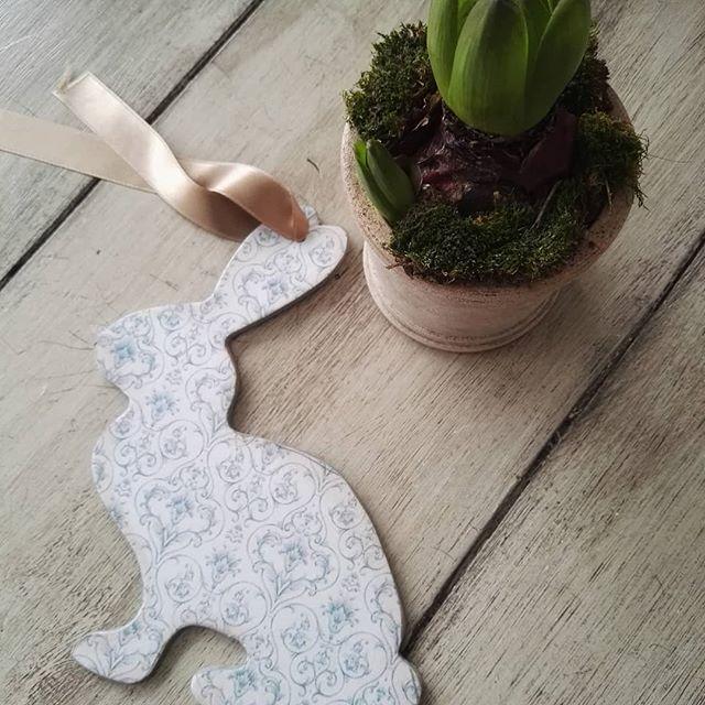 Nyuszi vehető vihető! #rabbit #handmade #easterdecor #comingsoon #lightblue #rendelhető