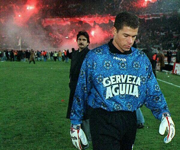 Oscar Cordoba después de perder la copa libertadores, aún no sabia que con boca iba a ganar tres.