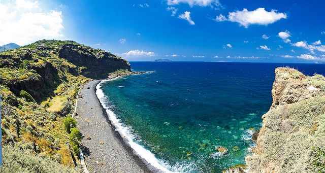 VISIT GREECE| Panoramic View of Hohlaki Beach by Visit Greece, via Flickr