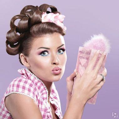 Беби-фейс или Лолита. Мастер-класс по макияжу - http://www.yapokupayu.ru/blogs/post/master-klass-po-makiyazhu-bebi-feys-ili-lolita (Этот макияж визажисты часто используют в рекламных съемках. Он также помогает девушкам при необходимости выглядеть моложе своих лет)