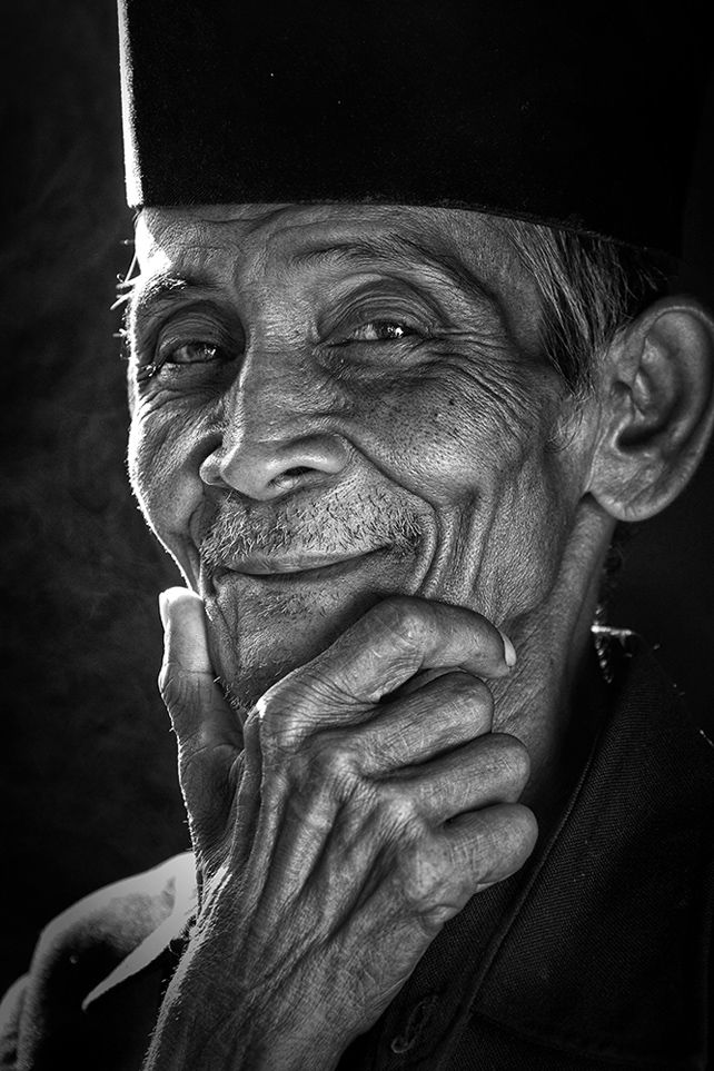 A Smile, Bogor, West Java, Indonesia. Photo by Victor Setianto @Smithsonian Magazine