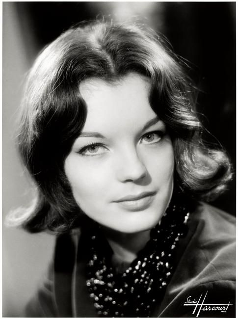 les 40 meilleures images du tableau romy schneider sur pinterest romy schneider actrices et. Black Bedroom Furniture Sets. Home Design Ideas