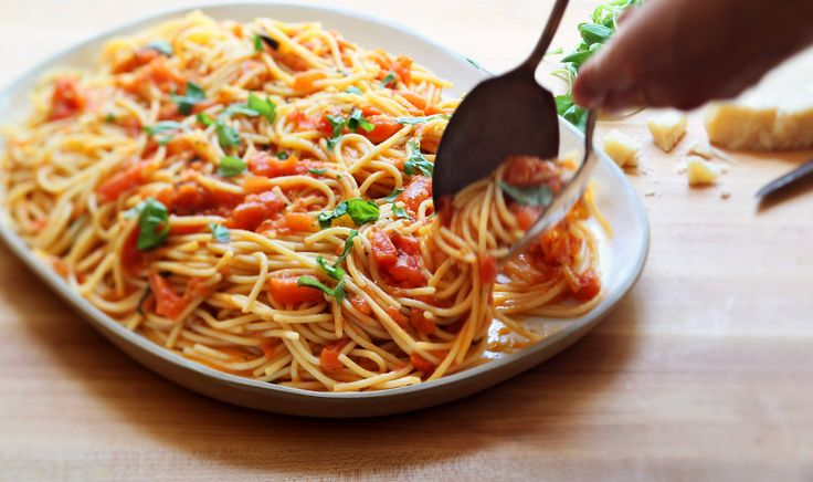 NYT Cooking: Spaghetti With Fresh Tomato and Basil Sauce