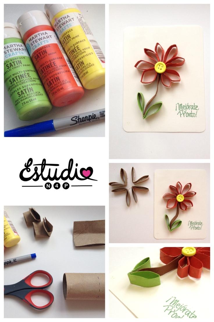 Una flor hecha con cart n del rollo de papel de ba o - Papel para banos ...