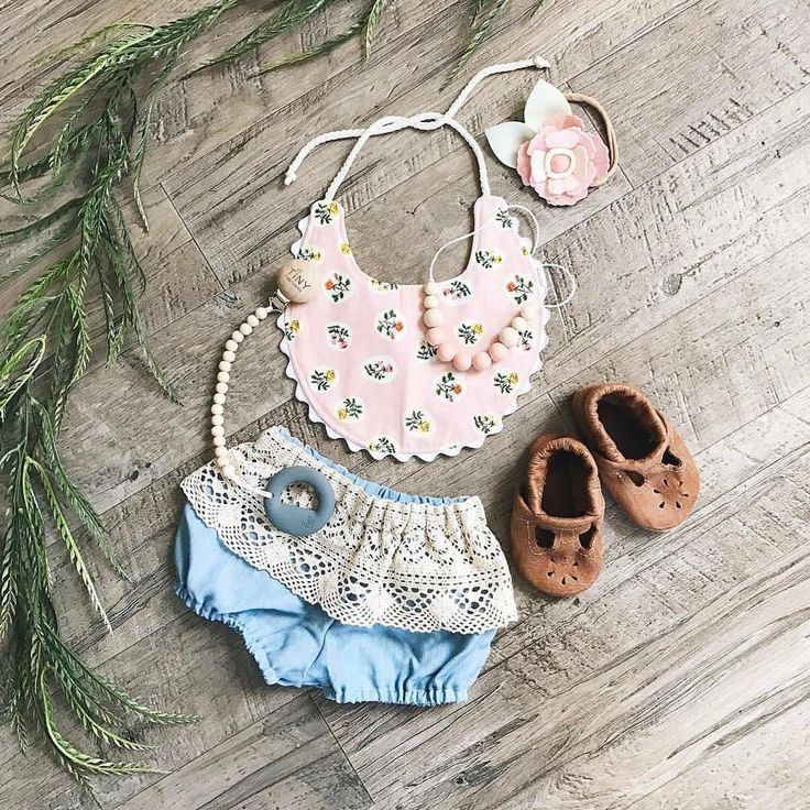 """57 Likes, 13 Comments - The Berrie Patch by Berrie O. (@theberriepatch) on Instagram: """"How amazing is this flatlay from @evelyn_and_lucie ?? I NEED this entire outfit  Tap photo for…"""""""