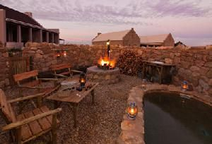 Choose where to Snooze - Karoo View Cottages: Natural Stone boma and plunge pool