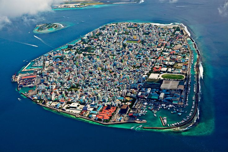 Malé the capital of the Maldives. 133000 people living on an island that measures just 2.2 square miles (5.8 sq km).   fun funny funny pics
