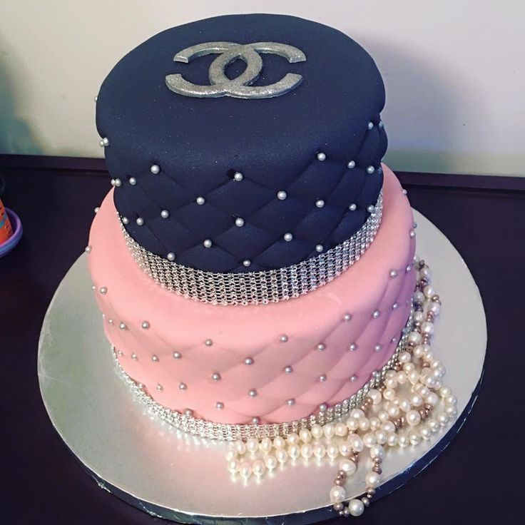 Chanel Cake Designs: 10 Best Ideas About Coco Chanel Cake On Pinterest