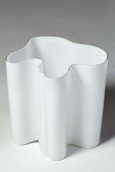 Savoy vase, Alvar Aalto