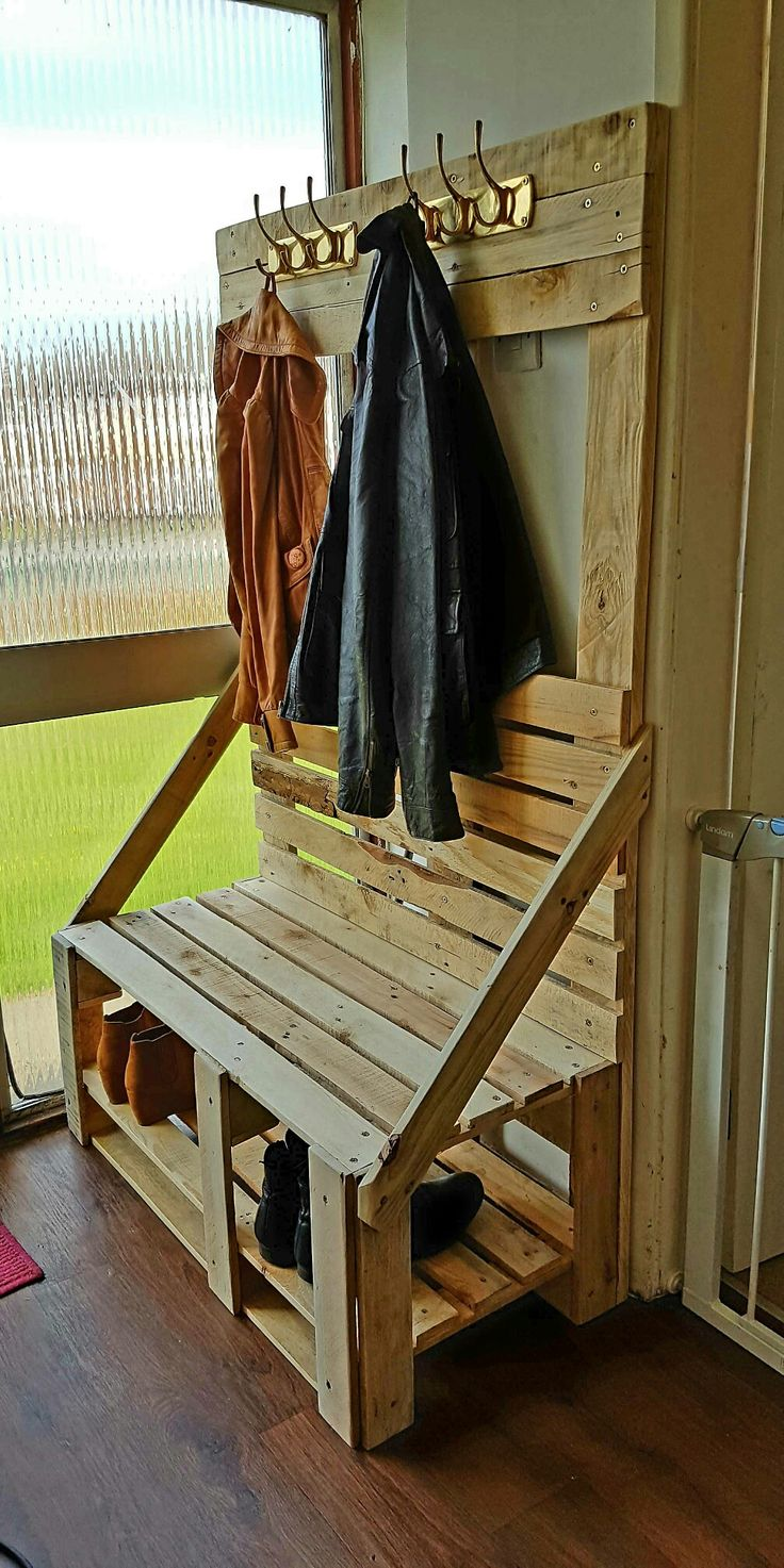 25 best ideas about coat and shoe rack on pinterest diy for Diy standing coat rack ideas