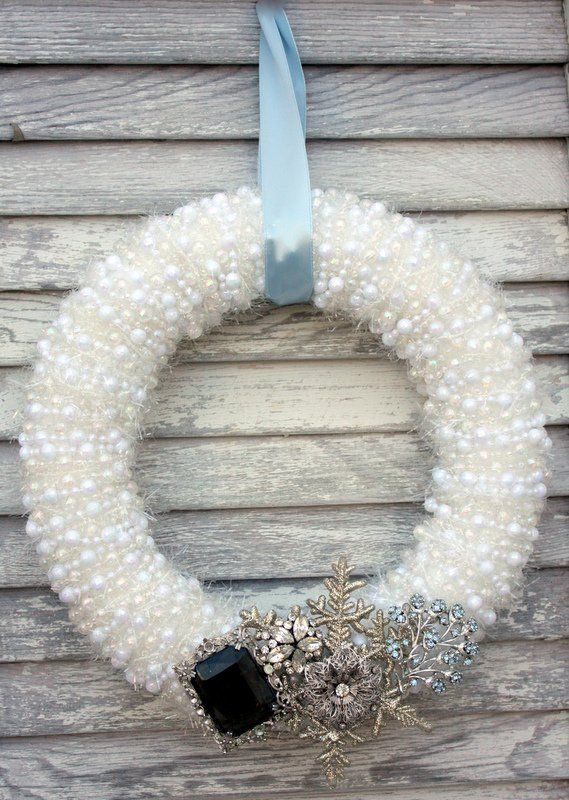 Pearly Christmas Wreath with Vintage Jewelry Tutorial