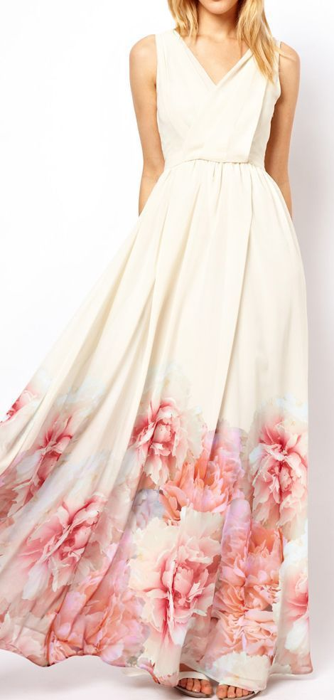 Adorable long floral maxi dress ,looks like a fun afternoon wedding just so light and casual at the same time.
