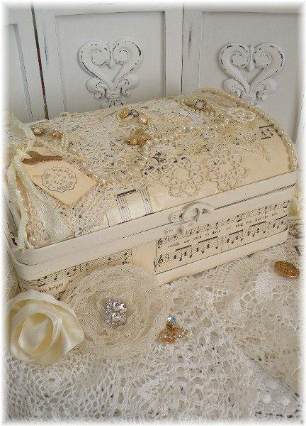 Caja de recuerdo Vintage Victorian novia por PrairieFarmGoods2 …                                                                                                                                                                                 Más