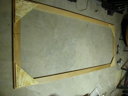 DIY Projector Screen. Let's post this on the side of the house! #projectorscreen #hometheatreprojectors