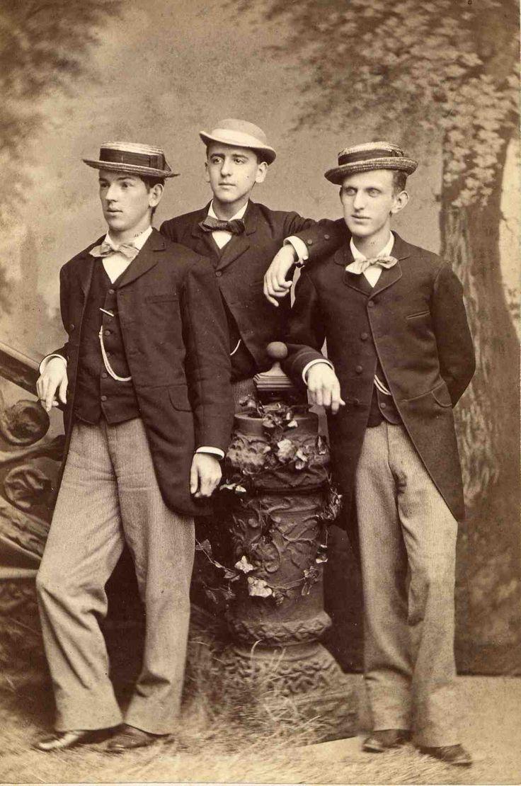 Three dandies