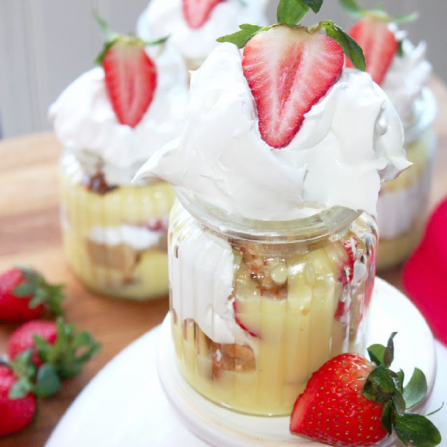 Strawberry-Banana Pudding Mini Trifles