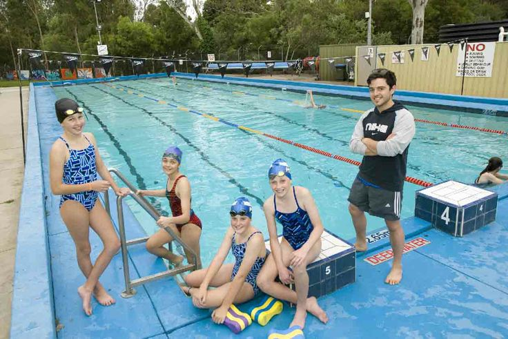 As summer gets well under way people throughout the   Hills are keeping cool, getting fit, competing and   having fun at various local swimming clubs. One such club is the Mountain. Photo: Kate Riches,   Simone Richards, Matilda Kell, Sarah Coldwell with   coach Adam Caruna at the Mountain Pool, Mount   Barker. Photo by John Hemmings.   http://adelaidehills.realviewtechnologies.com/