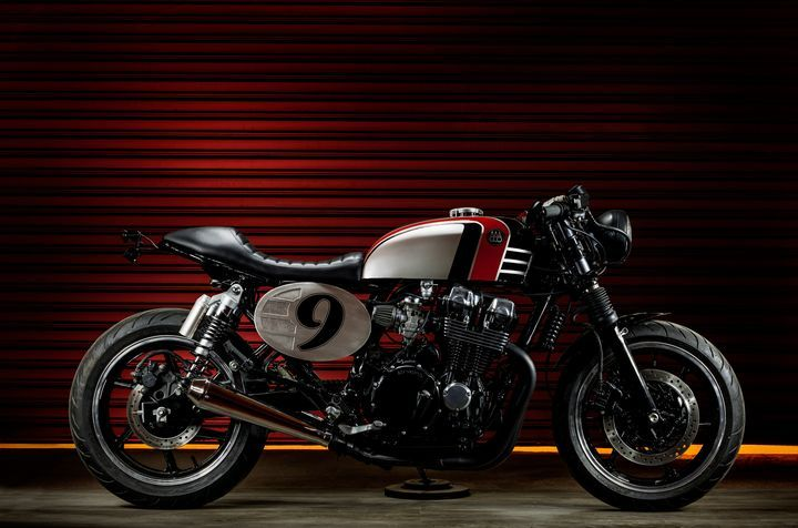 Honda CB750 Seven Fifty Spitfire 09 - Macco Motors. Una Cafe Racer brutal que une el antiguo diseño de Honda con un toque racer moderno. Entra y descúbrela.