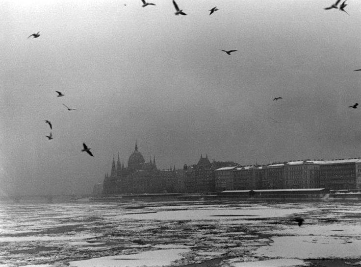 A Duna télen, 1940 körül. Fotó: Vadas Ernő