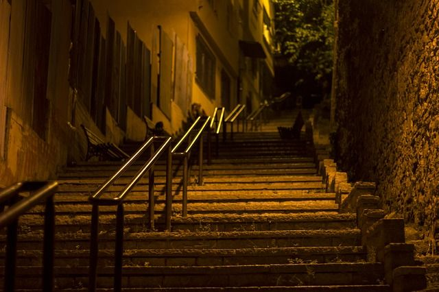 Imagen gratis en Pixabay - Istanbul, Noche, Calle, Abandonado