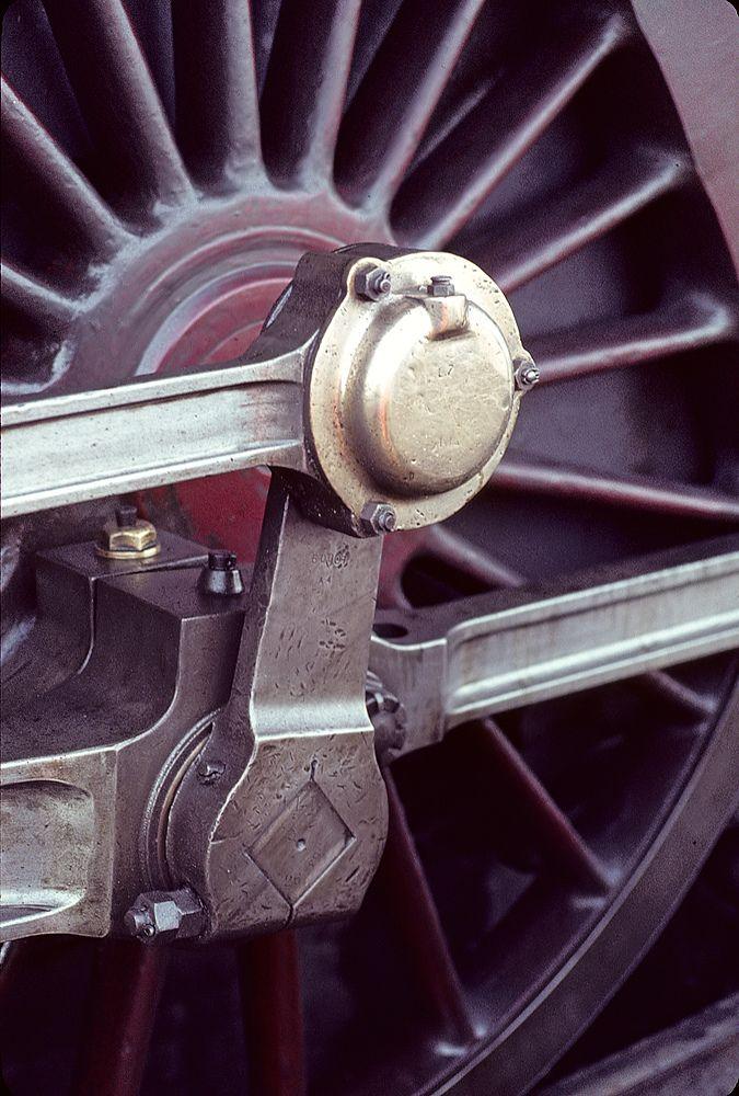 /by Willi_G #flickr #steam #engine #wheel