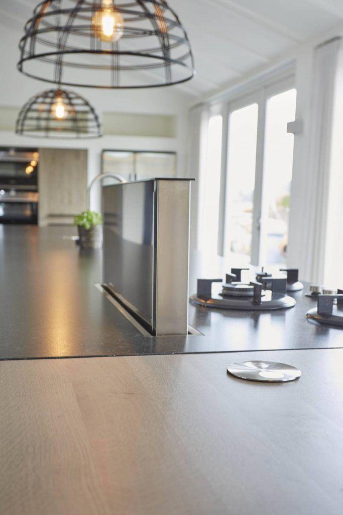 Voorzien van alle apparaten, keuken wordt bedacht samen met jou. Als eerst willen we weten wat je allemaal in de keuken doet en of je veel kookt. | Houtwerk Hattem