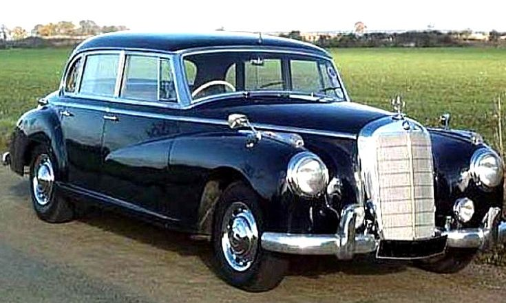 la mercedes benz w186 ce v hicule de collection fut fabriqu de 1951 1957 cette mercedes. Black Bedroom Furniture Sets. Home Design Ideas