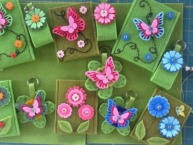 Porta cellulari e portachiavi .. Giardino in Fiore