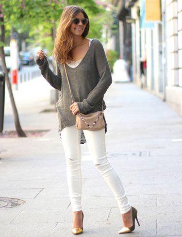 Trendy Taste con jeans rotos y desgastados de Vila Clothes.