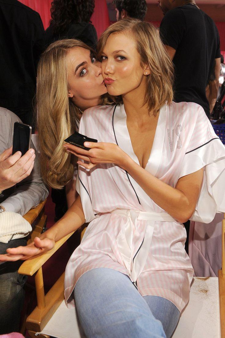 Victoria S Secret Show 2013 Cara Delevingne Cas And
